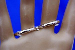 Silver cross double finger ring