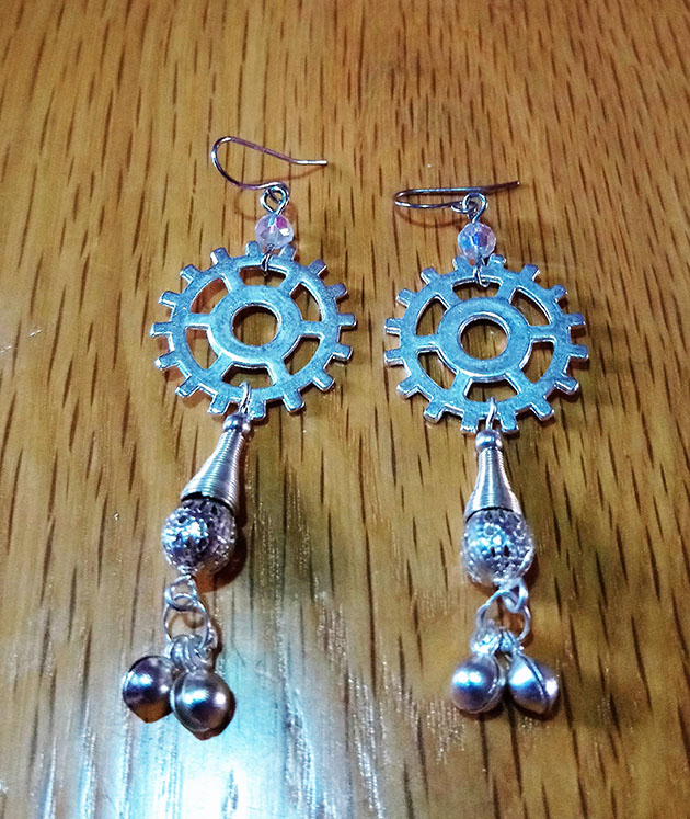 Steampunk silver cog and tassel beads