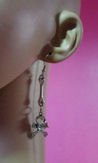 Silver skull and cross bone earrings
