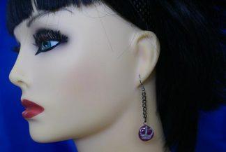 Crown charm and drop chain earrings