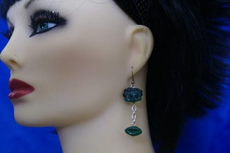 Zombie Boop and lips earrings