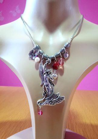 Fantasy & art nouveau necklaces