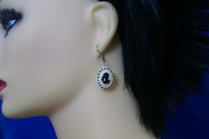 Classic Victorian lady cameo earrings