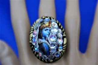 Ethnic and Hindu rings