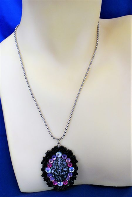Ganesha cameo (clear,purple,pink) crystal bead necklace