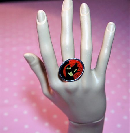 Red and black yin yang Emily Strange cameo ring