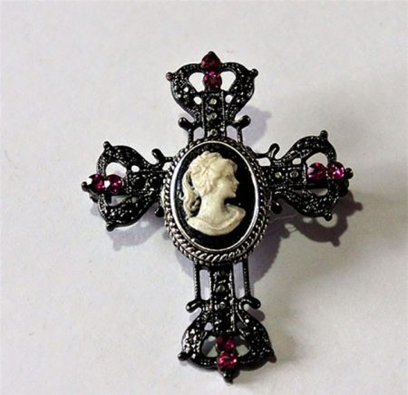 Jewel cameo lady cross brooch
