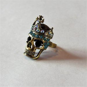 Gold skull king and jewel crown ring