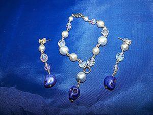 Gothic Lolita pearl crystal skull earring and bracelet set