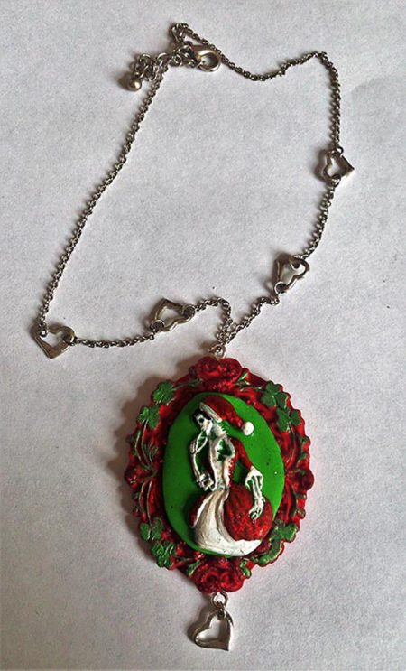 Christmas skeleton full lady cameo necklace