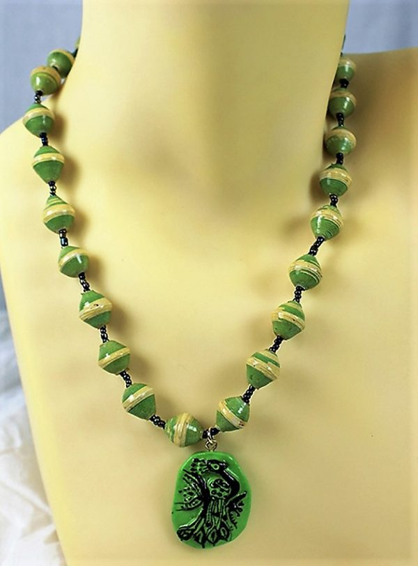 Green peacock cameo and bead chain necklace