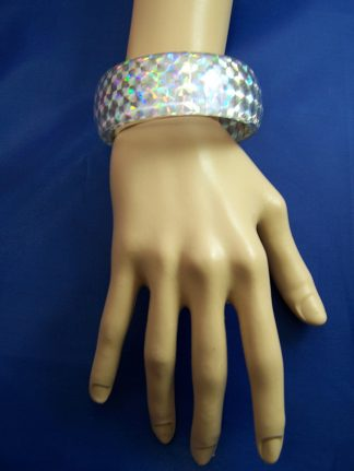 Iridescent shimmer bangle