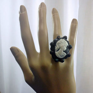 Iridescent black jewel lady cameo ring