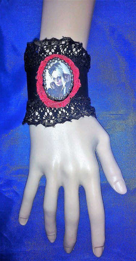 Gothic Lolita cameo and lace bracelet