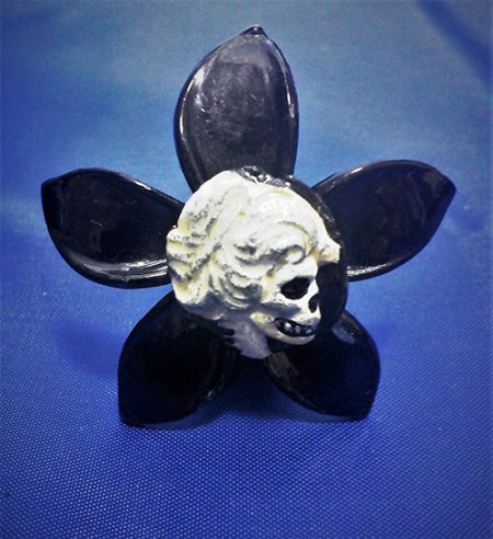 Skeleton lady cameo black flower hair clip