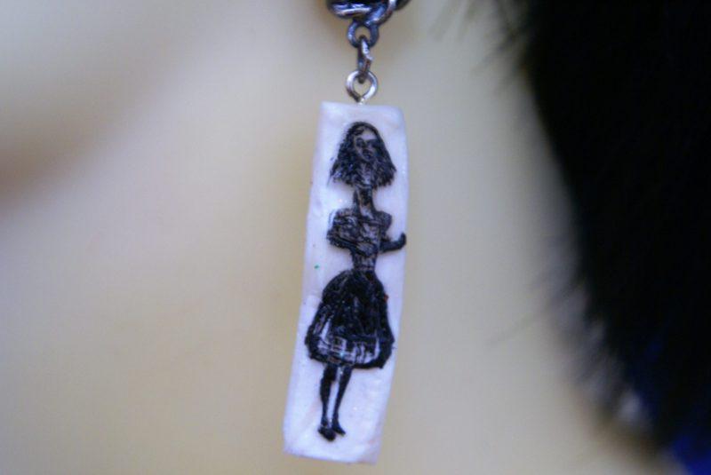 Alice horror glow in the dark cameo and jewel earrings