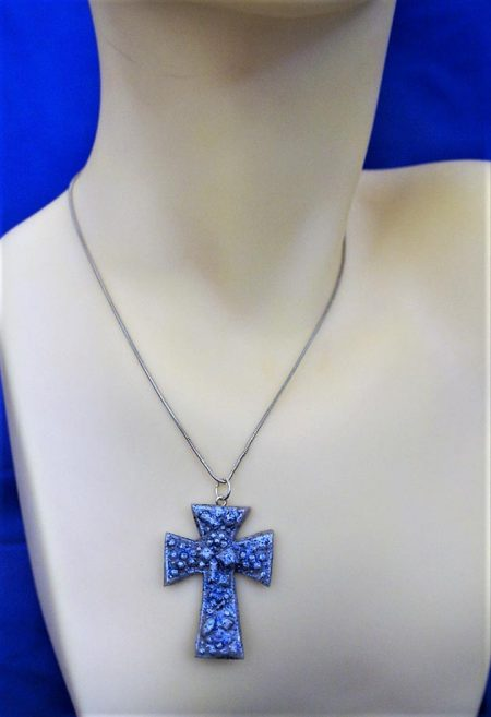 Blue 3D cluster cross necklace