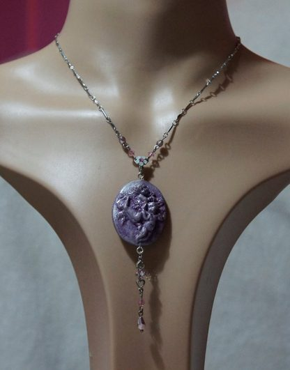 Angel cherub cameo and crystal bead necklace