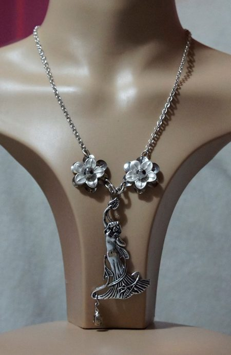 Silver 3D maiden and flower necklace