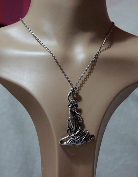 Silver Bohemian maiden necklace