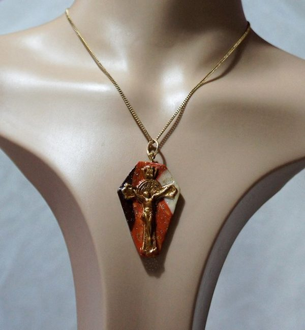 Marble effect 2 Crucifix pendant necklace
