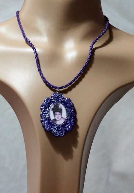 Gothic Lolita purple lady cameo necklace