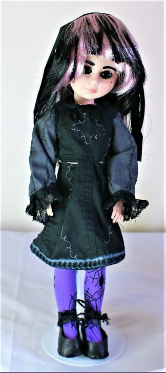 Gothic Lolita vine and lace dress