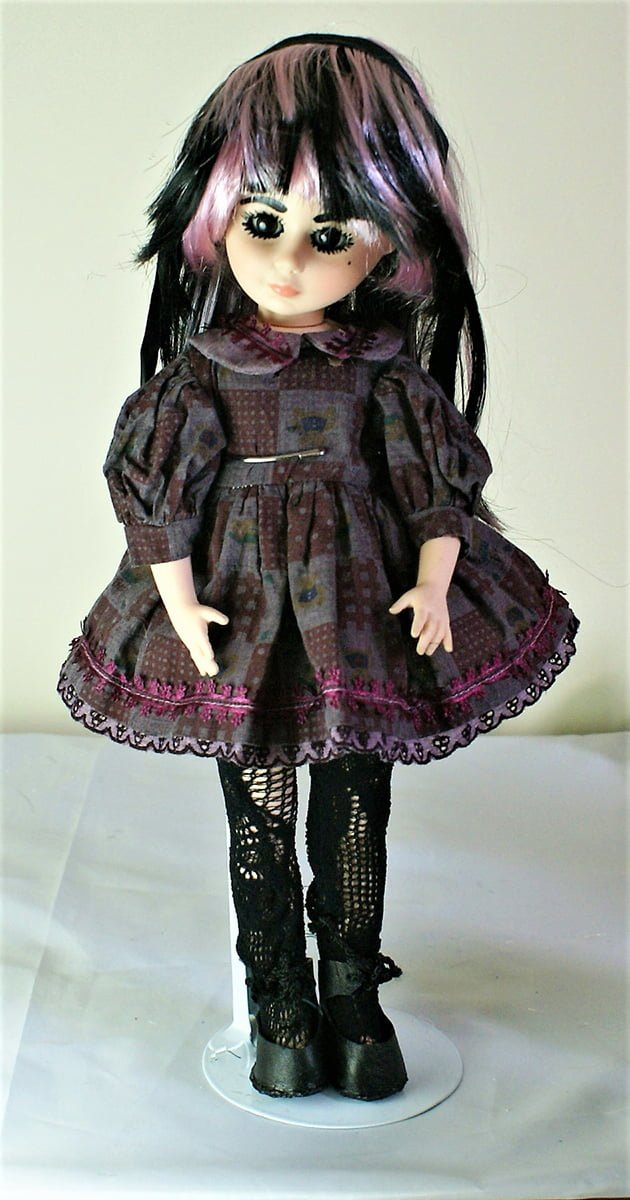 Black and red Gothic Lolita flower check dress