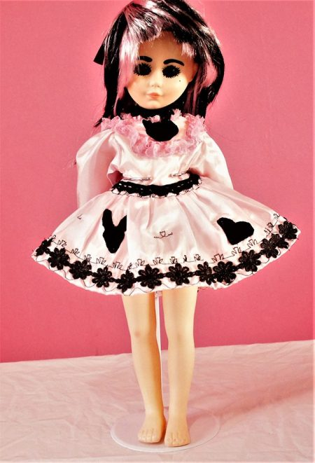 Wonderland pink Lolita silhouette dress