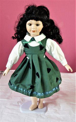 Victorian Lolita green pinafore and heart dress