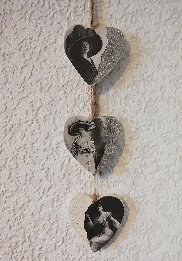 Victorian lady drop hearts wall plaque 1