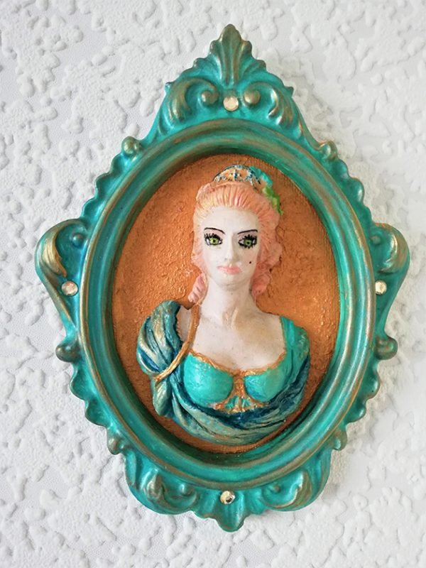 Marie Antoinette 3D ornate wall plaque