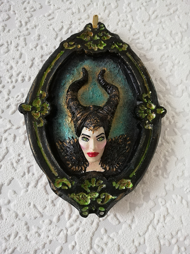 Maleficent 3D cameo wall plaque