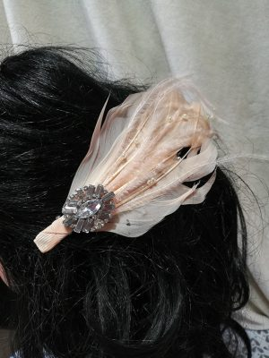 Lolita feather and jewel hair clip
