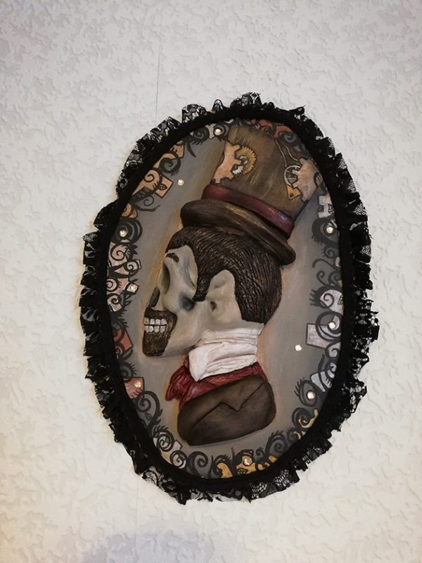 """Gothic Steampunk 'Gentleman"""" cameo wall plaque"""