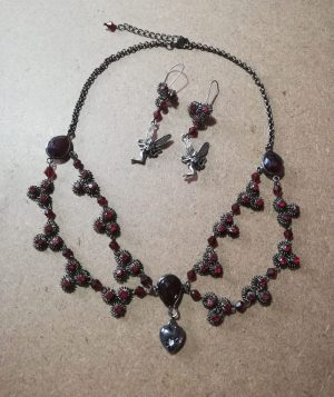 Gothic Lolita red jewel and fairy necklace and earring set