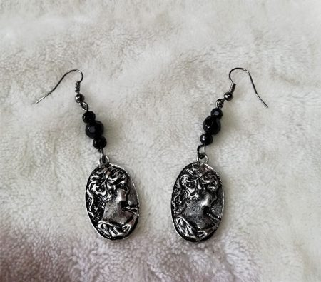 Gothic Lolita lady cameo and black bead earrings
