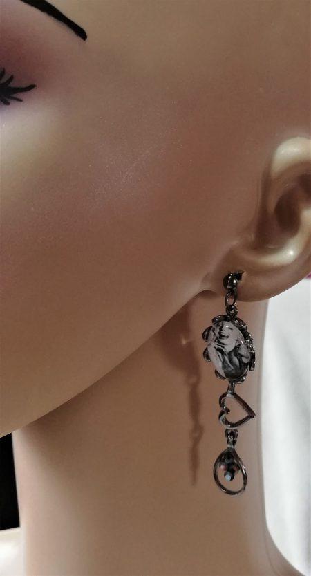 Marilyn Monroe cameo jewel and heart earrings