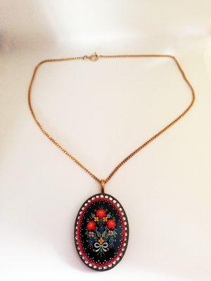 Art Nouveau Bohemian cameo pendant necklace